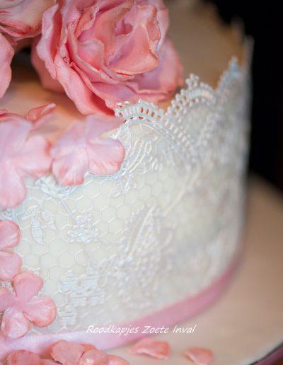bruidstaart suikerbloemen rozen blikenbloosfotografie