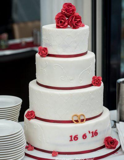 bruidstaart suikerbloemen bruidsfotograaf Grietje Mesman