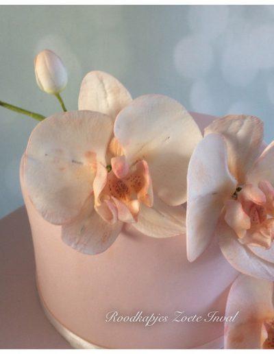 bruidstaart suikerbloemen orchidee