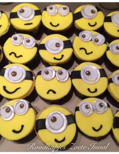 cupcakes minion kinderverjaardag traktatie