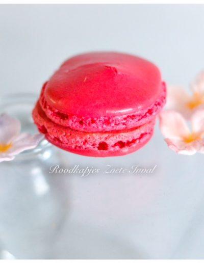 macarons sweet table