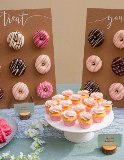 aniekfotografiestyling sweet table donuts cupcakes macarons